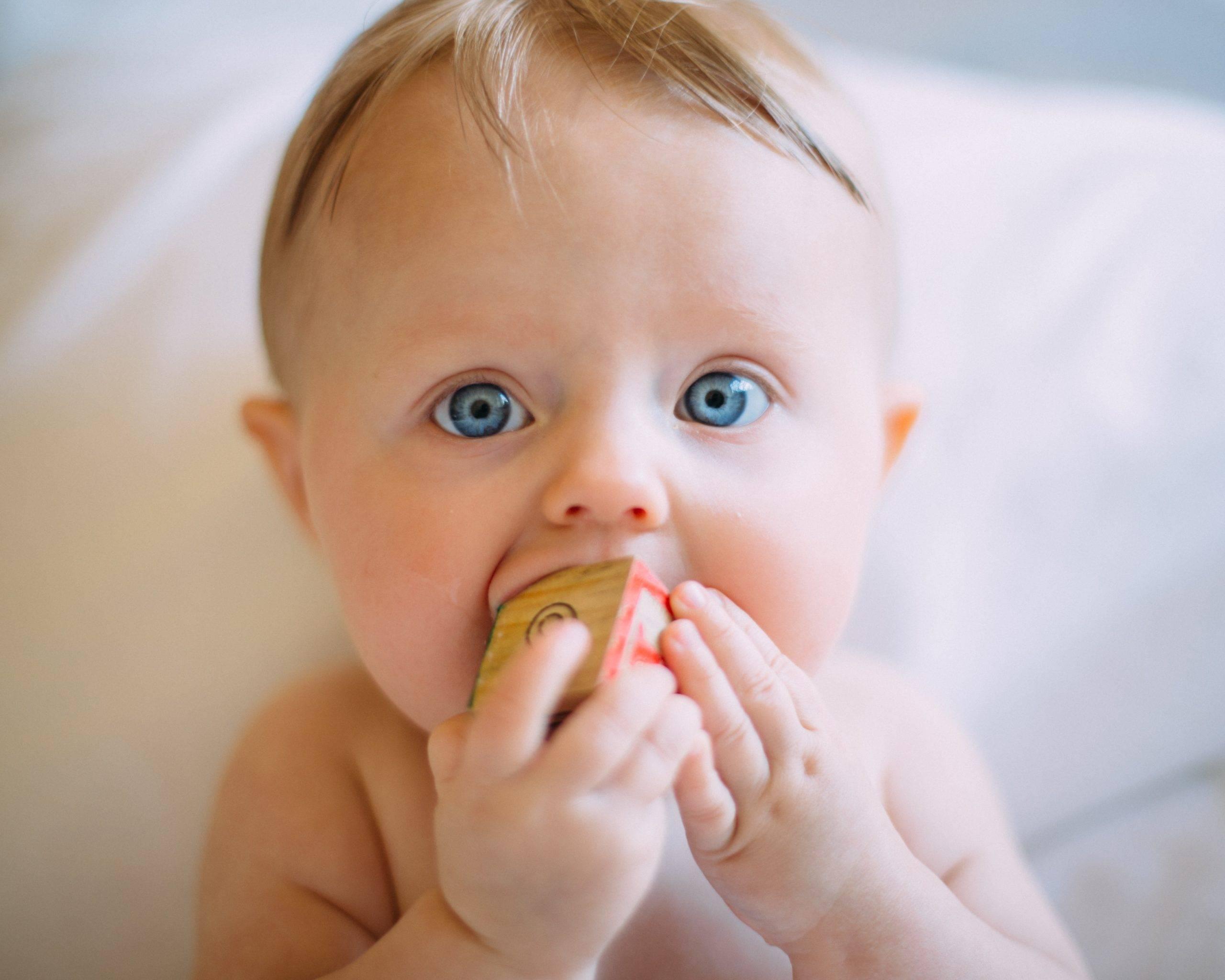 Зловонный понос у ребенка: что означает резкий неприятный запах при диарее