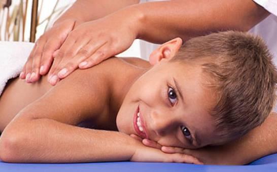 Массаж при кашле у ребенка: дренажный, перкуссионный, баночный и другие