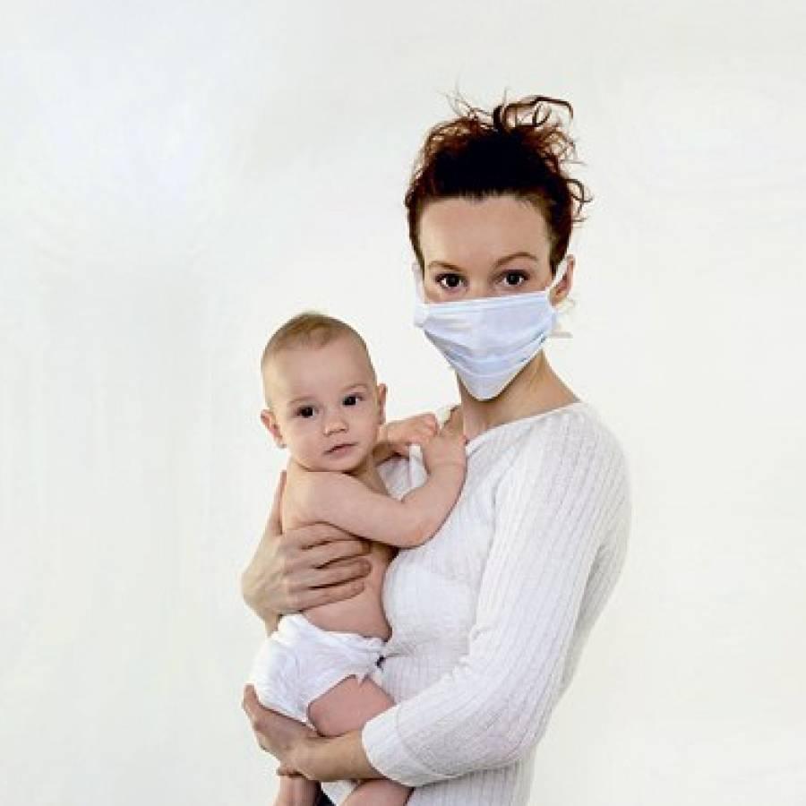 Как не заразить малыша при простуде во время гв?