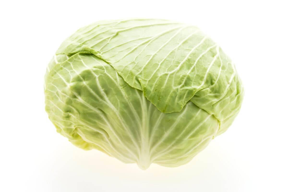 С какого возраста можно давать ребенку белокочанную капусту? сколько варить в супе, блюда для малышей до года