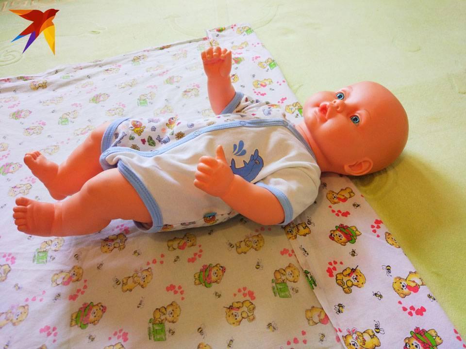 Кто на чём пеленает или собирается пеленать ребёнка?