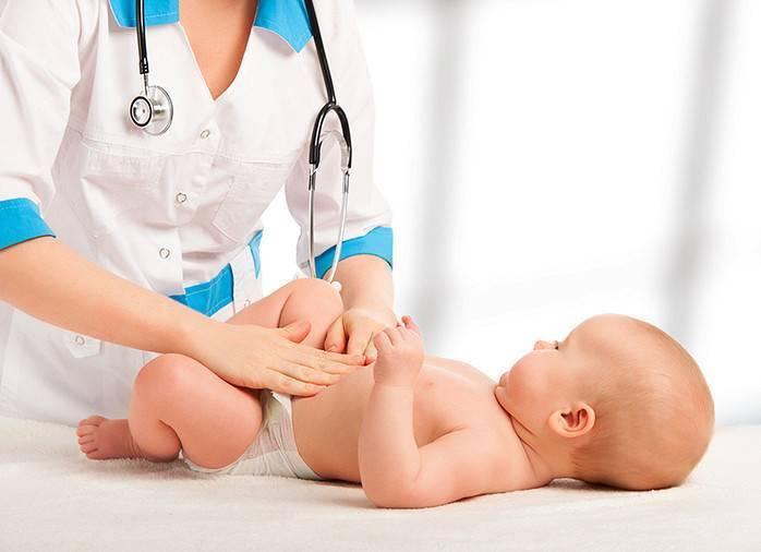 Понос у ребенка первого года жизни. что делать при поносе у грудничка?