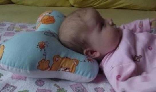 Ортопедическая подушка для новорожденных: как использовать, с какого возраста, виды, отзывы, цены, фото