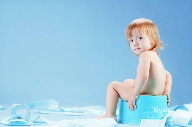 У ребенка понос зеленого цвета и температура: причины явления и способы лечения