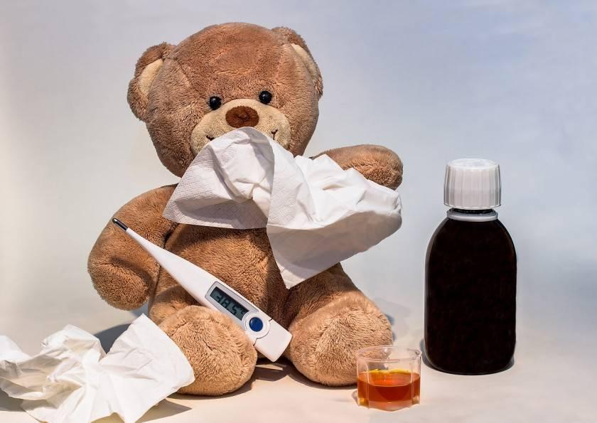 Как лечить кашель у ребенка народными средствами