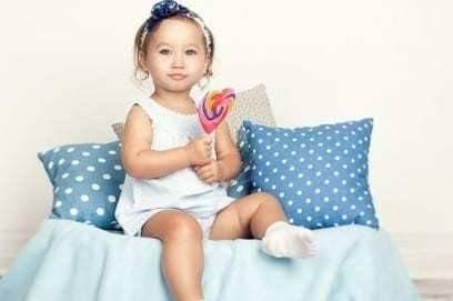 Что такое синехии у девочек, причины появления и лечение