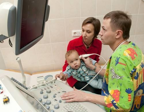 Все обследования, какие должен пройти ребенок в первый год жизни