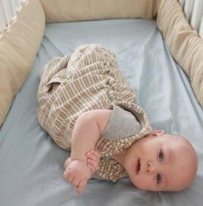 Как приучить ребенка спать в своей кроватке?, как приучить ребенка к кроватки