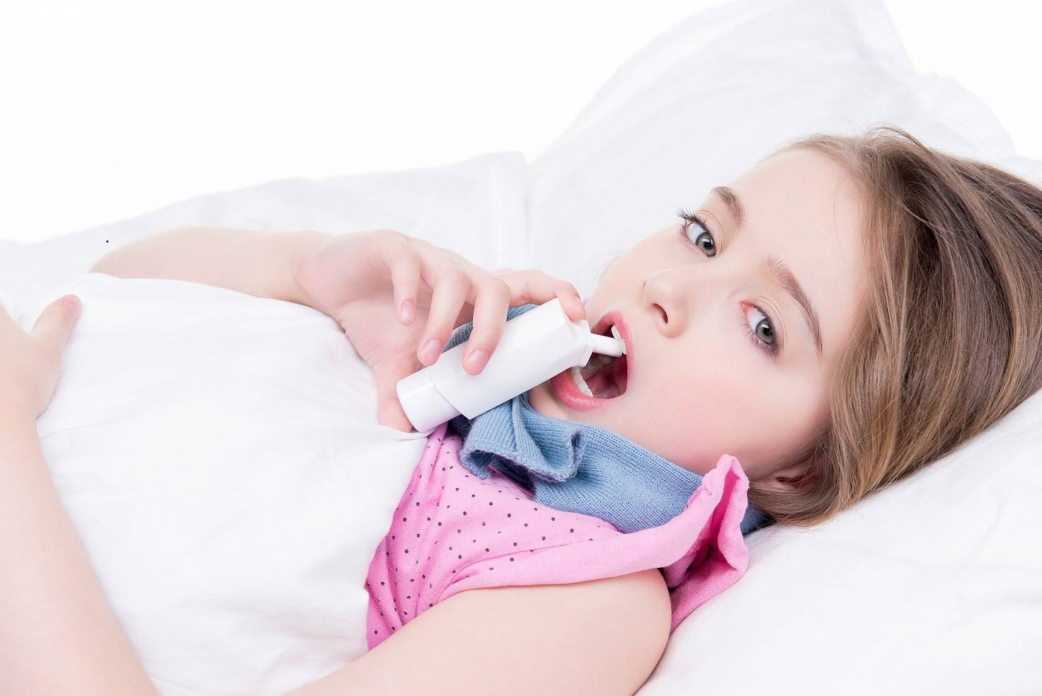 Покашливание у ребенка: причины и лечение