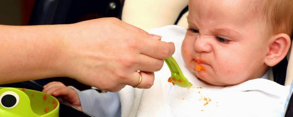 Ребенок не ест кашу — возможные причины отказа