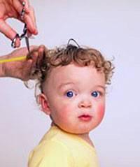 Подстричь малыша в первый раз — в каком возрасте