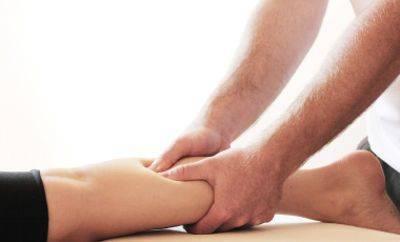 Почему возникает судорога икроножной мышцы и в каких случаях нужна помощь врача