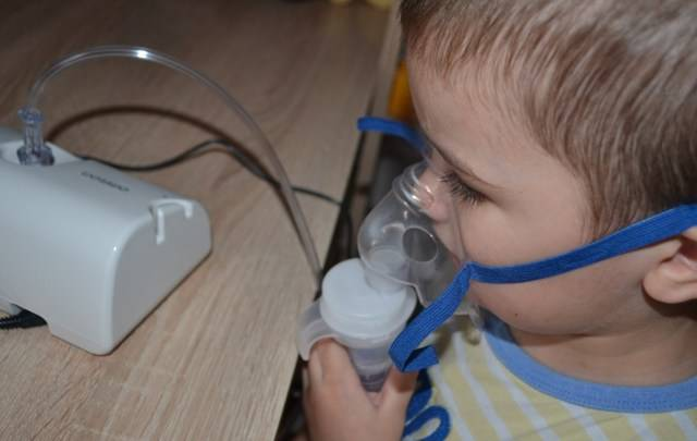 Как помочь ребёнку откашлять мокроту?