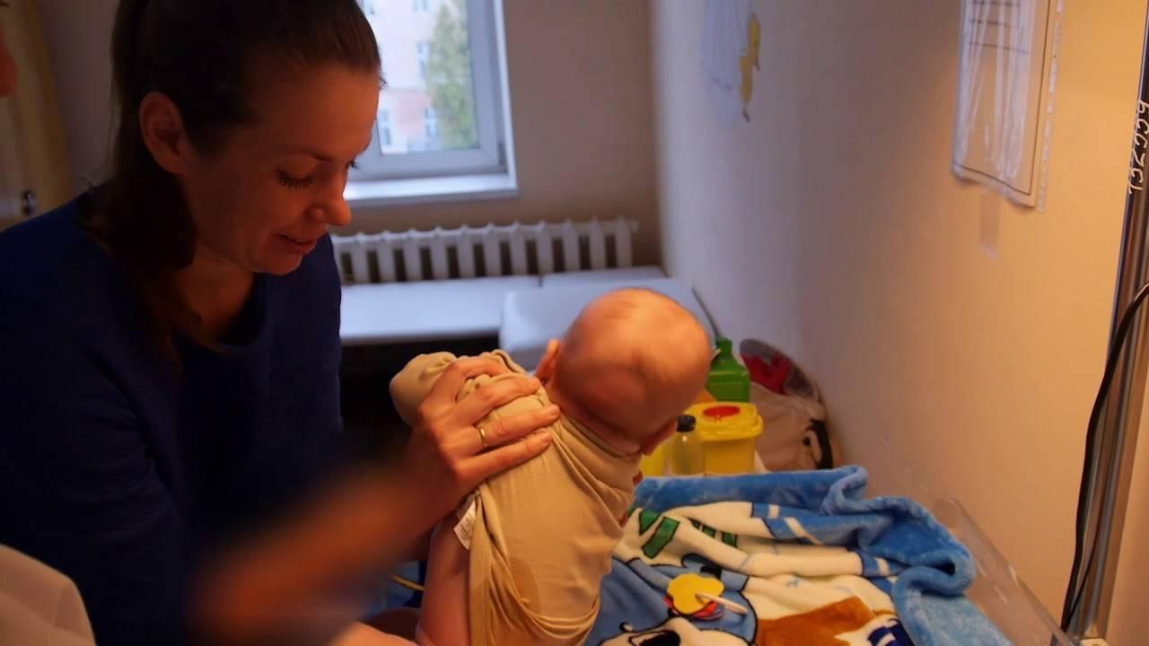 Как подмывать новорожденного мальчика: основные особенности и правила интимной гигиены для будущего мужчины