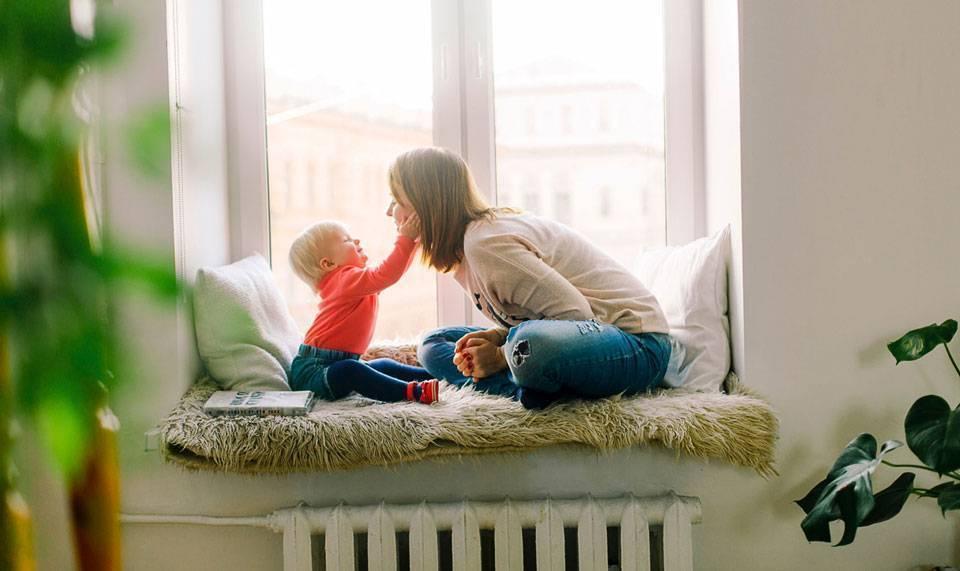 Колики у новорожденных: когда начинаются и когда проходят