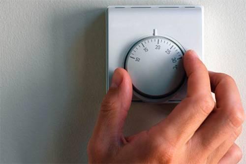 Идеальная температура в комнате новорожденного: тепло или прохлада? стоит ли бояться сквозняка?