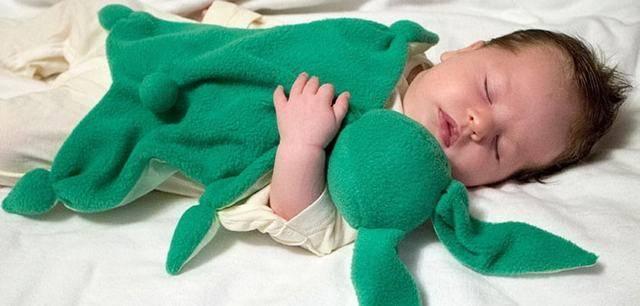 Комфортер для новорожденных: что это такое и как его сделать своими руками