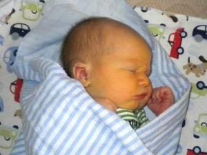Желтушка у новорожденного: причины. когда проходит желтушка у новорожденных