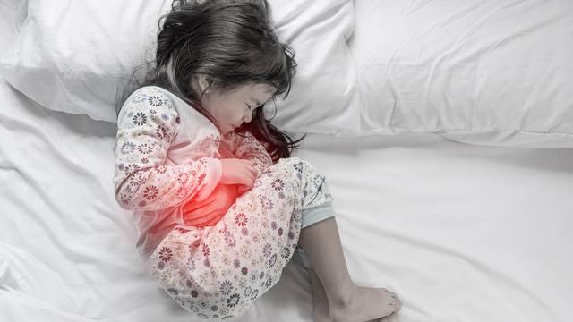 Рвота с кровью у ребенка