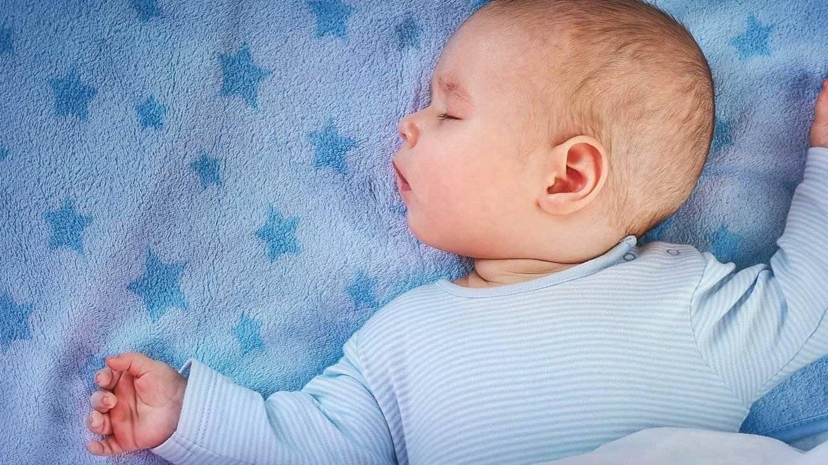 Что делать, если ребенок в 5 месяцев плохо спит