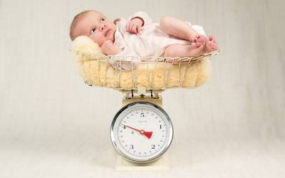 Сколько должен весить ребенок в 2 месяца