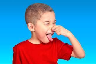 Внутренние патологии – запах ацетона изо рта у ребенка
