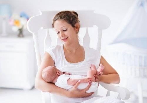 Питание кормящей матери. первый месяц и дальше. меню и диета кормящей мамы