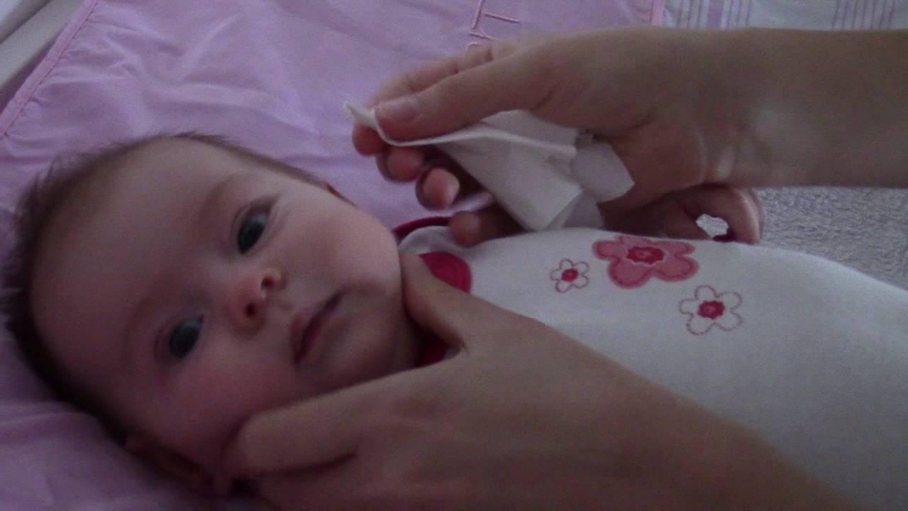 Почему новорожденный иногда хрюкает носом