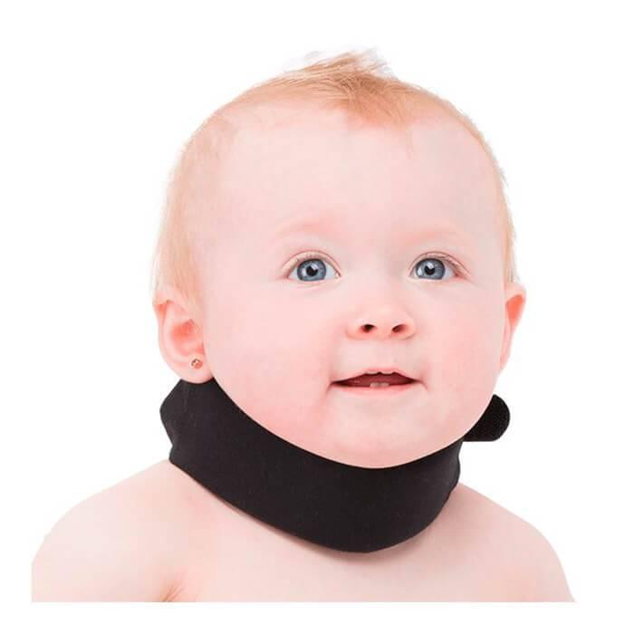 Причины назначения воротника шанца новорожденным, и правила носки предмета