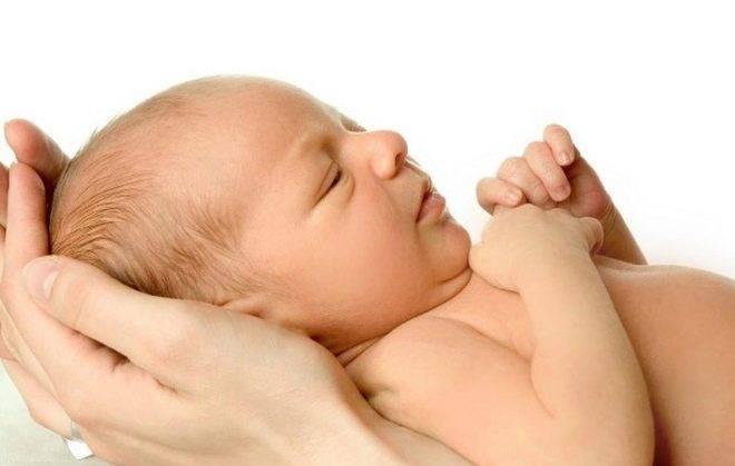 Как убрать волосы на спине у новорожденного: советы и рекомендации