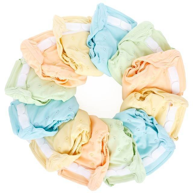 Как выбрать подгузники для новорожденных правильно по размеру