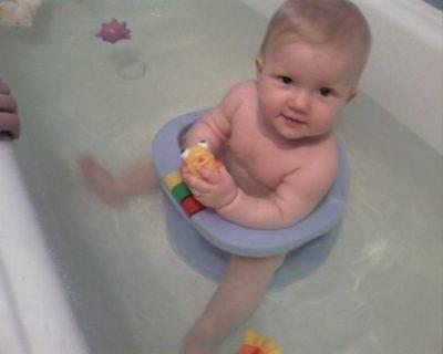 Комаровский - купание новорожденного: первое правильное купание младенца дома после роддома