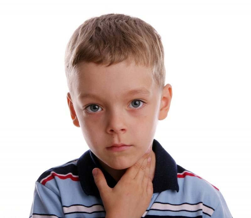Причины и лечение увеличения подчелюстных лимфоузлов у ребенка