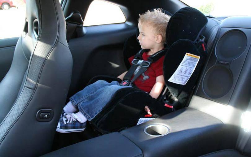 Ребенка укачивает в транспорте: как сделать путешествие приятным?