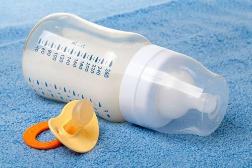 Срыгивание у новорожденных: от причин к следствию
