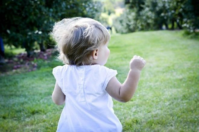 Ребенок ударился головой: что делать, если ребенок ударился лбом, затылком