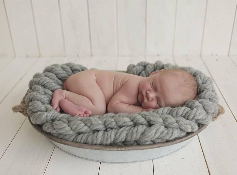 Почему ребенок в полтора года плохо спит ночью и днем 2020