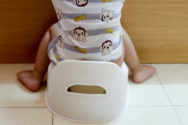 С чем может быть связано частое мочеиспускание у детей без боли