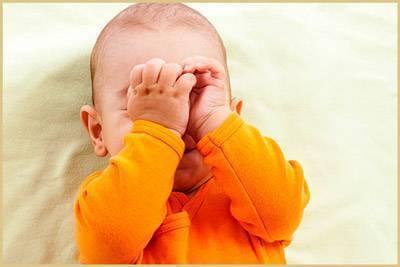 Почему ребенок спит с открытым ртом