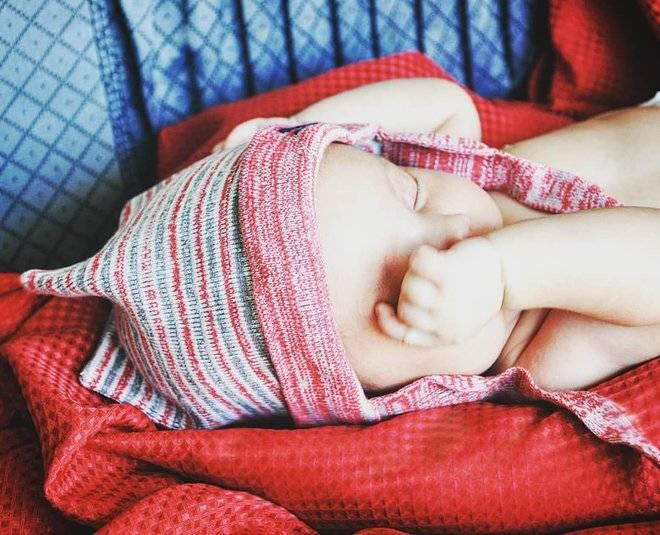 Режим дня новорожденного: сон ребенка до месяца
