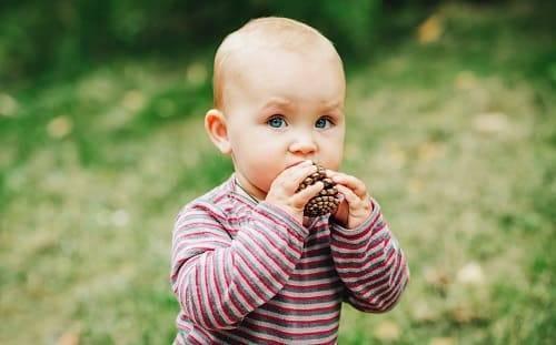 Гиперактивность у детей: причины, признаки, способы лечения