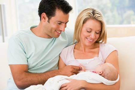 Как часто кормить новорожденного