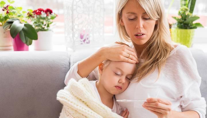 Как правильно снижать температуру у грудничка?
