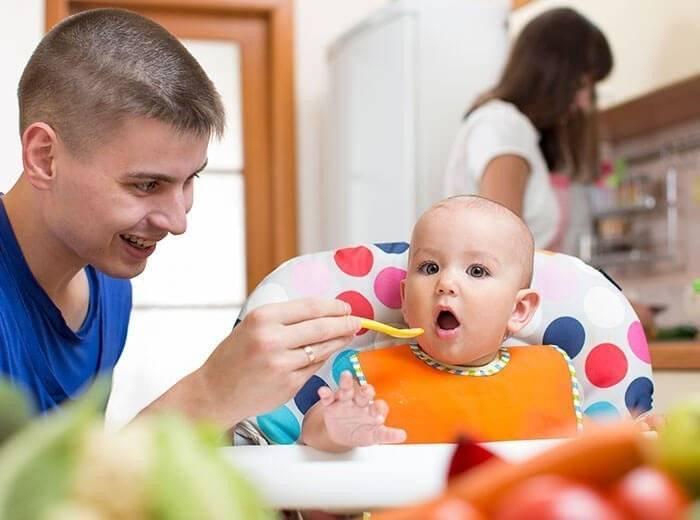 Ребёнок 7,5 месяцев вообще не ест