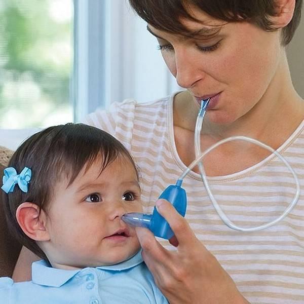 Чем и как чистить носик новорожденному ребенку: опыт родителей и рекомендации врачей