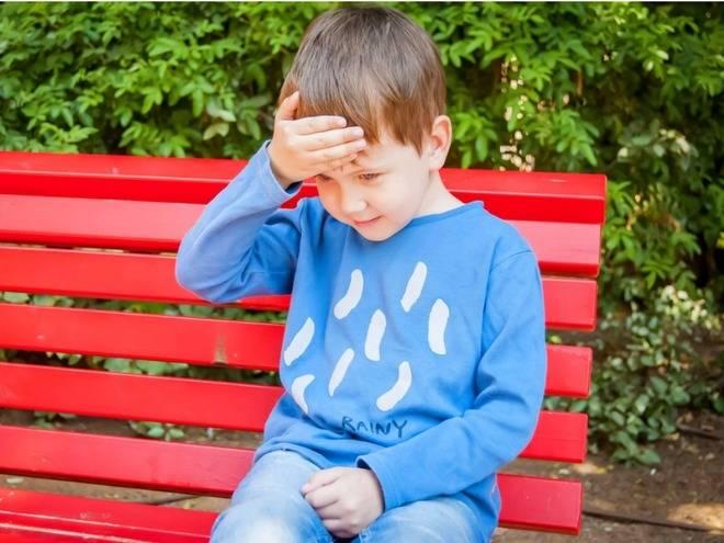 Что делать, если ребенок ударился затылком