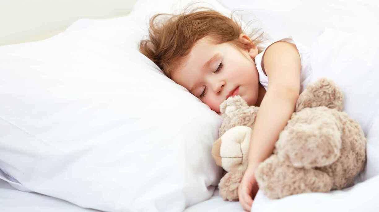 5 способов уложить ребенка спать без слез. укладывание спать ребенка 1-3 лет