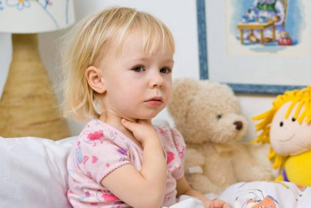 Когда грудничку нужно давать антибиотики?