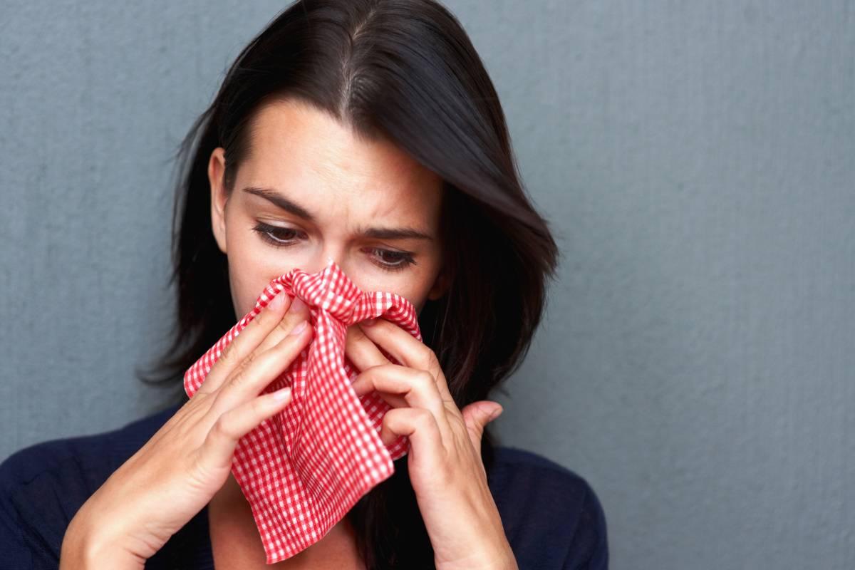 Почему у ребёнка идёт кровь из носа: причины и профилактика