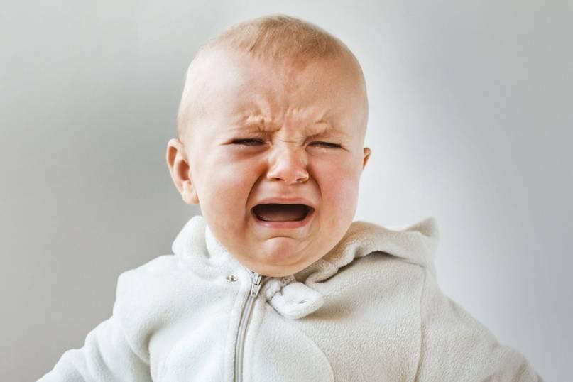 9 эффективных способов быстро успокоить плачущего ребенка